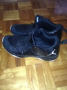 Chaussure Jordan extra.fly ( nego )