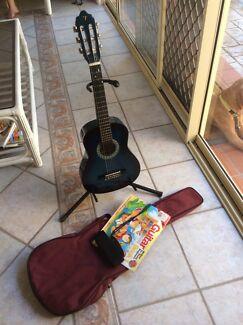Guitar Valentine Lake Macquarie Area Preview