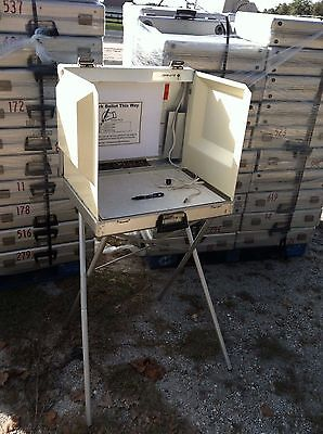 Florida Voter Election Machine Self Contained Voting Ballot Poll Booth 24  Case