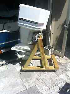 Outboard motor stand on castors Waverley Eastern Suburbs Preview