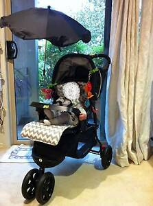 """VEE BEE"" Parasole - can be used on most universal Strollers Vermont Whitehorse Area Preview"