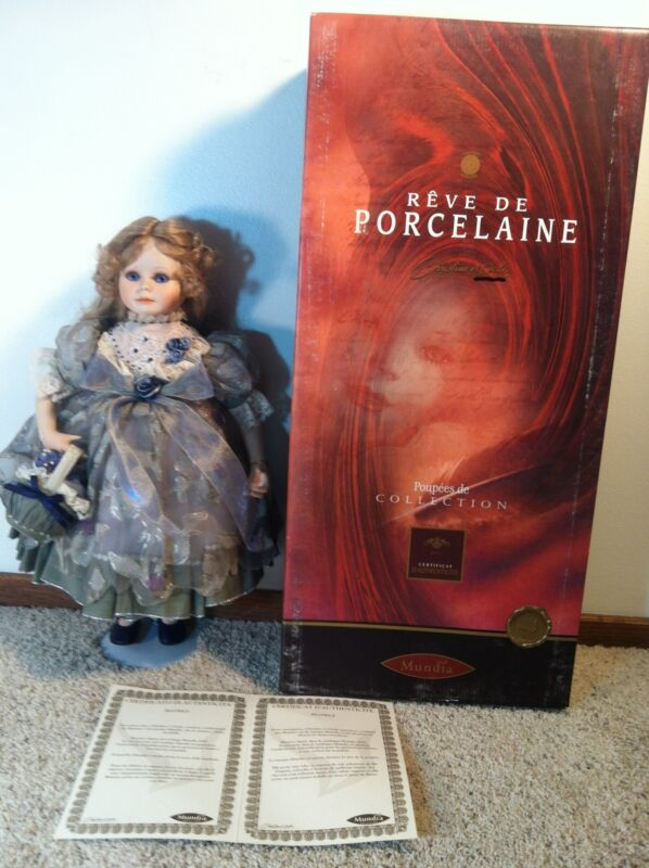 LE LIMITED MUNDIA  doll Christine & Cecile FRANCE BEATRICE