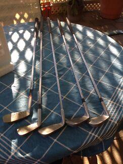 Golf clubs Aberfoyle Park Morphett Vale Area Preview