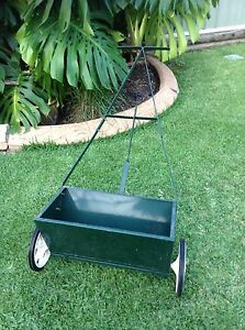Lawn Fertilizer Spreader Maryland Newcastle Area Preview