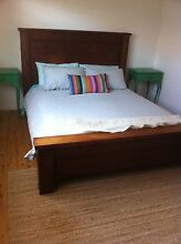 Solid timber Queen bed Avoca Beach Gosford Area Preview