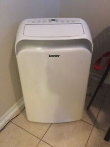 Portable 14000BTU Standing Air Conditioner - Amazing Condition