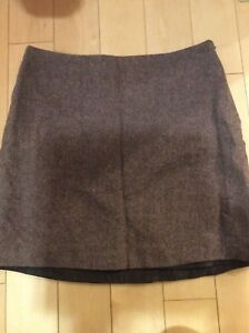 Fall tweed skirt size 5 and 71/2 shoe
