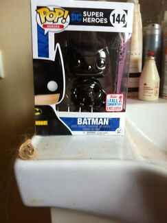Swapp black chrome batman for something good?
