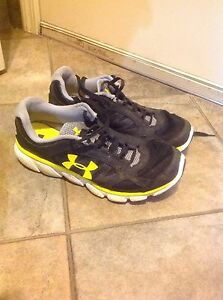 Under Armour boys runners