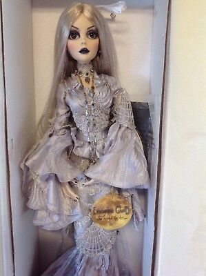 2011 Beautiful Nightmare Evangeline Ghastly Doll - Robert Tonner Wilde