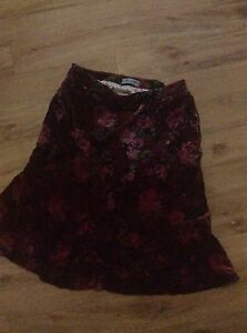 Alannah Hill red/pink velvet floral size 12 skirt Gowrie Tuggeranong Preview