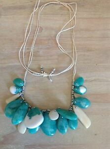 Green and white beach style adjustable necklace Melbourne CBD Melbourne City Preview