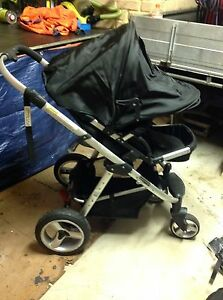 Bertini 2 in 1 stroller bassinet pram Westminster Stirling Area Preview