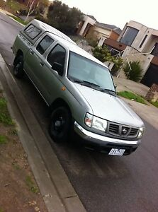 NISSAN  NAVARA  AUTO MATIC  UTE.(((  RWC ))) Meadow Heights Hume Area Preview