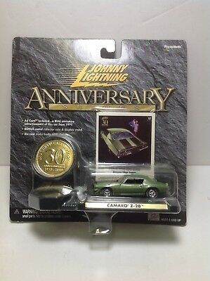Johnny Lightning Muscle Cars 30Th Anniversary Series Coin Camaro Z 28 New Mip