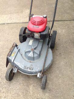 Lawn mower slasher super 600 Mallabula Port Stephens Area Preview