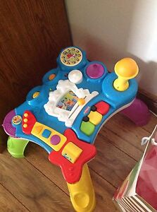Playskool musical activity table