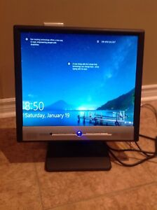 "Benq FP767 LCD Computer Monitor 17"" w/ built in audio speakers"