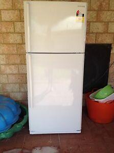 430lt fridge/freezer West Busselton Busselton Area Preview