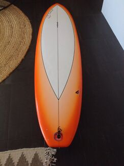 Mini Mal Surfboard 7.6 ft x 21.5 width x 2.5 thick Warana Maroochydore Area Preview