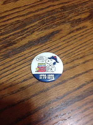 1776-1976 Snoopy,Happy Birthday America pinback,NOS