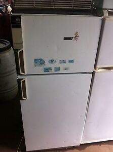 Westinghouse Silhouette Series 2 Fridge Freezer Holden Hill Tea Tree Gully Area Preview