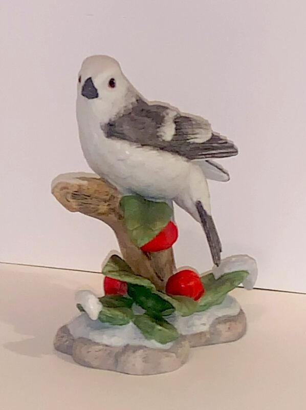 Lenox Christmas Snow Bunting-Original Art Of Bird Sculpture-Porcelain 2020 New