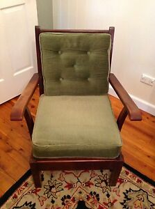 Arm chair (1950's style) Nowra Nowra-Bomaderry Preview