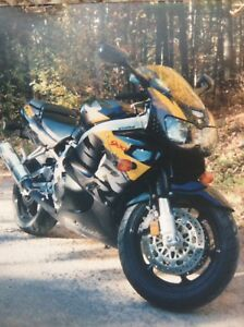 Honda CBR900RR Mint Condition Motorcycle