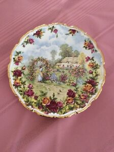 Assiette Royal Albert OLD Country Roses