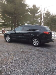 Chevrolet 2010 Traverse Model LT SUV