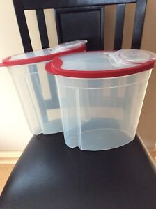 Rubbermaid cereal containers