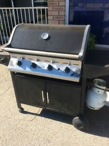 Cheap BBQ and gas bottle Wangara Wanneroo Area Preview
