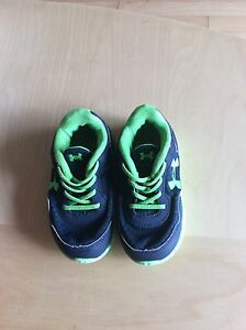 Under Armour Baby Sneakers /Trainers