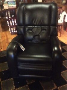 Berkliner reclining massage chair