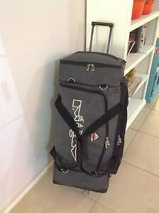 Animal 120 Litre ski/sports bag wheeled luggage Vincentia Shoalhaven Area Preview