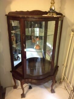 Antique / Vintage China cabinet early 1900's