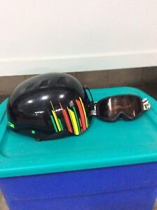 Holt Snowboard Helmet with goggles
