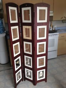 Standing picture frames