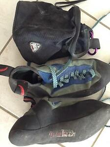 Red Chilli climbing shoes sz43 & chalk bag urban equip Mooloolaba Maroochydore Area Preview