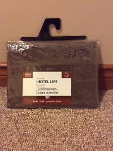 Chocolate Brown Tab Top Curtains and Pillow Cases Cambridge Kitchener Area image 3
