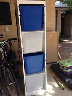 Storage Unit with pull out containers