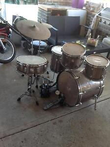 Drum kit a few years old Edgeworth Lake Macquarie Area Preview