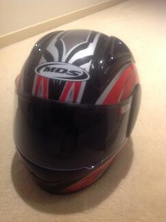 Motor Cycle Helmet - MDS STORM - Medium, Full Face (LIKE NEW)