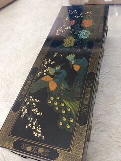 HAND PAINTED CHINESE COFFEE TABLE