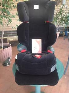 Child booster seat safe-n-sound  model 4830/A/2004 Eden Hill Bassendean Area Preview
