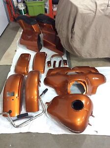 2014 street glide paint set w/2-sets of bags