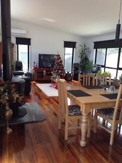 short term furnished fully self contained 3brm house