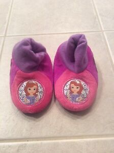 Girl - Sofia the first sleepers  - see all pictures