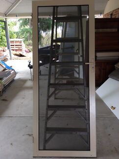 Crimsafe type security screen door
